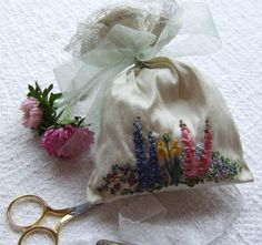 Spring Garden pot pourri bag Kit by lornabateman22 on Etsy, $37.50