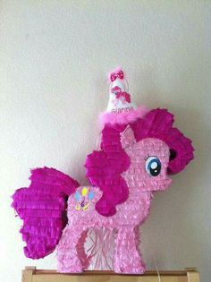 My Little Pony Pinkie Pie Pinata for your by Vintagebabydoll, great for a My Little Pony birthday party! Festa Do My Little Pony, My Little Pony Cake, My Little Pony Birthday Party, 5th Birthday Party Ideas, My Little Pony Pinata, 4th Birthday, Unicorn Party, Unicorn Birthday, Anniversaire My Little Pony