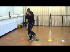 In and Out Boxing Footwork Drill - YouTube