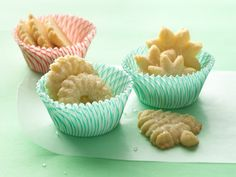 Easy Spritz Cookies (using cookie mix) Easy Spritz Cookie Recipe, Butter Spritz Cookies, Best Sugar Cookie Recipe, Holiday Cookie Recipes, Holiday Cookies, Holiday Baking, Christmas Baking, Holiday Fun, Christmas Sweets
