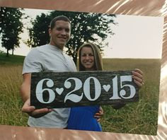Hand painted wedding date sign on old barn wood #engagementphotos