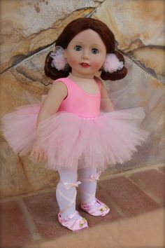Ballet recital outfit. Fits American Girl. Worn by Harmony Club Doll, Lyric. Both available at www.harmonyclubdolls.com