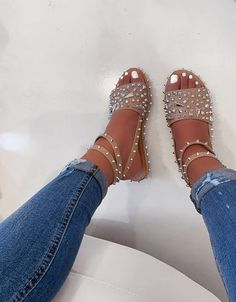 NEW 🔥 Samantha Sandal in Black also available now in Nude 👀 both colors online Pretty Shoes, Cute Shoes, Me Too Shoes, Dream Shoes, Crazy Shoes, Cute Sandals, Shoes Sandals, Flats, Fashion Sandals