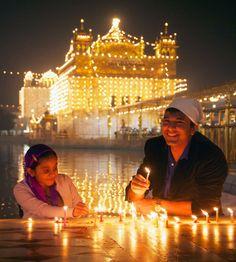 Chef Vikas Khanna @ Amritsar golden Temple on diwali