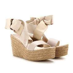 Chloé Espadrille Wedges (550 CAD) ❤ liked on Polyvore featuring shoes, sandals, wedges, heels, chaussures, zeppe, ankle strap wedge sandals, tan wedge sandals, tan leather sandals and heeled sandals