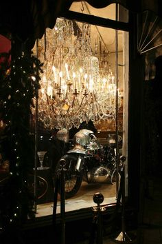 A week ago The Rider's Digest joined Brough CEO Mark Upham and a host of motorcycling luminaries for the classic marque's Christmas Beano at his brother Matt. Night King, Motorbikes, Ceiling Lights, Classic, Derby, Motorcycles, Classic Books, Outdoor Ceiling Lights, Motorcycle