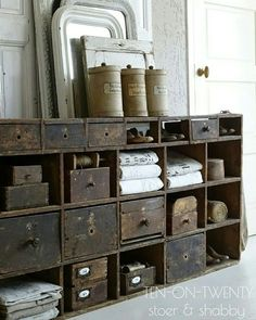 I'm Just A Vintage Soul: The Top Historic Restaurants in the US! - I'm Just A Vintage Soul: The Top Historic Restaurants in the US! Vintage industrial style decor trends to make a lasting impression in your guests! Vintage Shelf, Vintage Industrial Furniture, Rustic Furniture, Vintage Storage, Vintage Shelving, Vintage Cabinet, Furniture Ideas, Vintage Crates, Furniture Design
