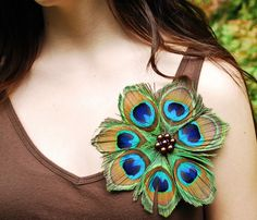 Peacock Feather Pin by peacescollection on Etsy