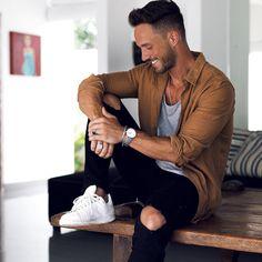 • Official Account • Snapchat: fox_magic • Business inquiries: Daniel@pulse-advertising.com • Contact: Daniel@the-modern-man.com • BLOG⬇️
