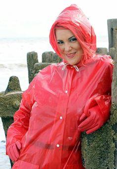 Die rote Versuchung #RaincoatsForWomenBeautiful #RaincoatsForWomenFashion