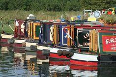 More lovely Narrowboats :-)