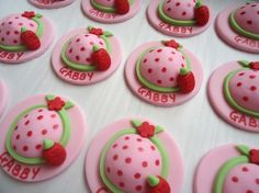 Cute idea link doesn't work though.....Strawberry Shortcake fun