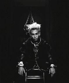 "Ilhoon from BTOB's MV ""Thriller""!  One of my FAVE Ilhoon visual eras! ☺ { #Thriller #Ilhoon #JeongIlhoon #BTOB #BornToBeat #Melody #CubeDCEntertainment #Kpop } ©KpopAmino"