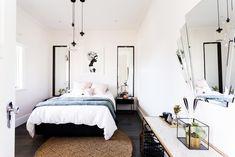 Art deco bedroom l Glass and black hanging pendants l Fan mirror l Reno Rumble Week 4 Bedrooms l Photos and Highlights