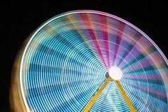 28 Fotos de rodas-gigantes tiradas em longa exposição