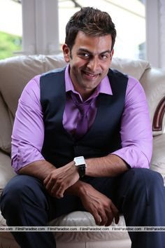 London Bridge is a new movie Directed by Anil C Menon. The movie stars Prithviraj Sukumaran and Andrea Jeremiah in main lead. Stay with filmiparadise for more updates of London Bridge