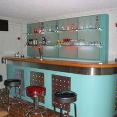 Comptoir de bar en bois, décoration inox, Aranda-Mas