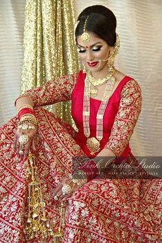 :) Indian Bridal Fashion, Indian Bridal Wear, Asian Bridal, Desi Wedding, Wedding Suits, Punjabi Wedding, Bridal Outfits, Bridal Dresses, Indian Dresses