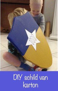 DIY kartonnen schild - spelen met jongens