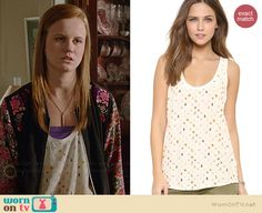 Norrie's bug print tank top on Under the Dome.  Outfit Details: http://wornontv.net/35175/ #UndertheDome
