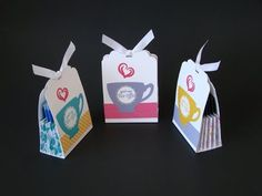 Accordion Tea Bag Holder | Video Tutorial, A Nice Cuppa Stamp Set, Cups & Kettle Framelits Dies, Have a Cuppa DSP, 3D, Curvy Corner Trio Punch, Simply Scored, Stampin' Up, Qbee's Quest, Brenda Quintana