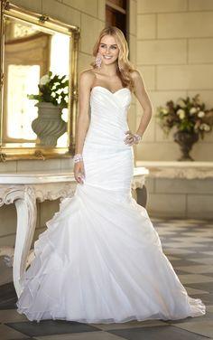 Trumpet designer wedding dress with vintage charm from Stella York 5835