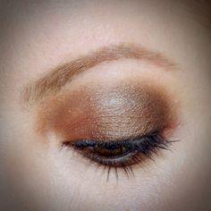 Julia Petit maquiagem de festa inspirada em Kristen Stewart