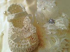Crochet Baby Booties and Lace Headband: