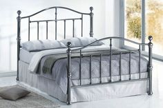 This Bonsoni Traditional Style King Size Victoria Bed Frame Black Nickel is a beautiful piece of Bed demostrating the Bonsonis unparallel quality and workmanship. This VICTORIA BED BLACK NICKEL comes in 3 boxes. This Bonsoni Traditional Style Ki Metal Double Bed, Double Beds, Beds Direct, Industrial Interiors, Industrial Farmhouse, Industrial House, White Industrial, Industrial Restaurant, Vintage Farmhouse