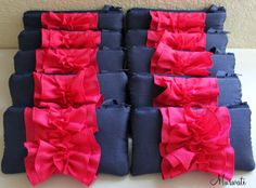 Bridesmaid clutches. Cute!