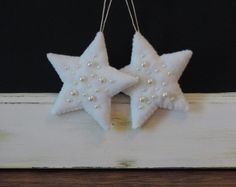 Star Ornaments with Pearls Felt Ornament Set Handmade Christmas Ornaments White Stars with Antique White Pearl Beads