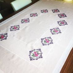 This Pin was discovered by Sem Butterfly Cross Stitch, Cross Stitch Borders, Cross Stitch Patterns, Cross Stitch Tattoo, Beading Patterns, Crochet Patterns, Free To Use Images, Prayer Rug, Ribbon Embroidery
