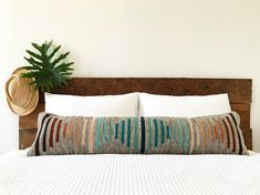 The bohemian look throws all the interior decorating rules out the window. When you embrace boho home decor, you get to decorate however you want. Long Pillow, Bolster Pillow, Best Pillow, Kilim Pillows, Cushions, Throw Pillows, Pillow Inserts, Pillow Covers, Bohemian Pillows