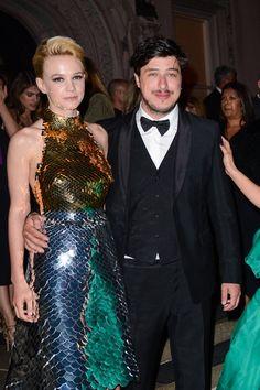 Pin for Later: 23 Célébrités Qui Vont Fêter Leur Toute Première Fête des Pères Marcus Mumford En Octobre 2015, Carey Mulligan et Marcus Mumford ont eu une petite fille, appelée Evelyn.