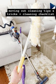 Thank god I found this moving out cleaning checklist!! I am so nervous about having to clean my whole house when I move out, but this checklist made is seem a lot more approachable. Room Cleaning Tips, Move Out Cleaning, Bathroom Cleaning Hacks, Cleaning Checklist, Cleaning Supplies, Moving House Tips, Moving Tips, Moving Out, Moving Hacks