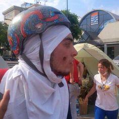 """Vía @360UCV """"Estudiante de la #UCV, Javier Franco, herido de perdigón en el rosto en las mercedes #1A"""