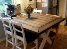 Agnes spisebord kjøkkenbord i farge  Skugge med hvitbeisede kryssbein i Kalkhvit