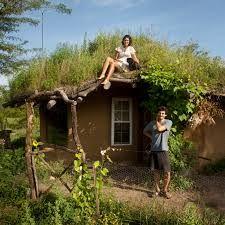 Resultado de imagem para casas ecologicas