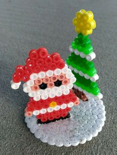Source by You may believe the annals of handcrafted beaded jewelry cannot possibly be v Christmas Perler Beads, Diy Perler Beads, Pearler Beads, Hama Beads Patterns, Beading Patterns, Hamma Beads Ideas, Pony Bead Crafts, Iron Beads, Fuse Beads