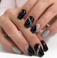 Gorgeous Short Round and Square Gel Nails: Always Leading the Fashion Trend - Fashion is an attitude. Fancy Nails, Pink Nails, Cute Nails, Black Gel Nails, Black Nails With Glitter, Black Nail Art, Beautiful Nail Art, Gorgeous Nails, Amazing Nails