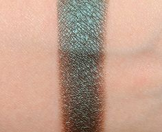 Make Up For Ever ME302 Peacock Artist Shadow Review & Swatches