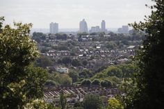 Alexandra Park is in Muswell Hill, 5 minutes from Excel English
