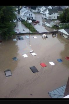 @StormCoker: Insane flood damage in Herkimer, New York! Cars almost completely submerged! Credit: @Sean_Breslin