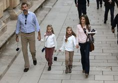 Los príncipes y las infantas visitan Granada