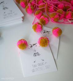 DIY cheerleader valentines with free printable via seejaneblog