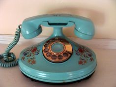1973 phone.  I totally had this!