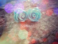 tiny rose buds!