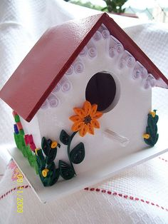 Quilling on Birdhouse