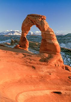 Delicate Arch is a natural arch in Arches National Park near Moab, Utah, United States. It is the most famous landmark in Arches National Park. Desert Photography, Scenery Photography, Utah Arches, Arches Park, Cool Places To Visit, Places To Travel, Delicate Arch, Moab Utah, Us National Parks
