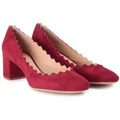 Chloe' Lauren Scalloped Suede Pump (11.335 CZK) ❤ liked on Polyvore featuring shoes, pumps, rosso, chloe shoes, suede slip on shoes, burgundy suede shoes, slip on shoes and round toe shoes